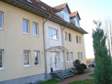 Charmante 2 Zimmer Wohnung mit Blick auf den Schweriner See in ruhiger Lage 19067 Leezen, Etagenwohnung