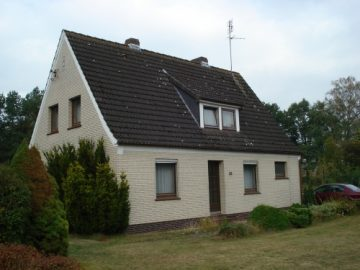 Renovierungsbedürftiges Einfamilienhaus mit 1000m² Grundstück in ruhiger Dorflage, 27383 Scheeßel / Ostervesede, Einfamilienhaus