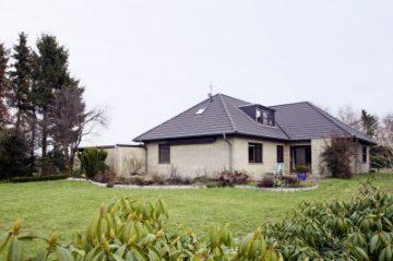 Das paßt! Wohlfühlen im Bungalow auf einem großen Grundstück in einer Sackgasse, 27367 Hassendorf, Einfamilienhaus