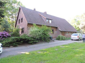 ruhiger verträumter Resthof mit Nebengebäuden und angrenzendem Grünland, 27374 Visselhövede / Moordorf, Resthof