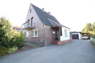Hier legen Sie gut an! Anlageimmobilie mit drei Wohneinheiten in Rotenburg, 27356 Rotenburg (Wümme), Mehrfamilienhaus