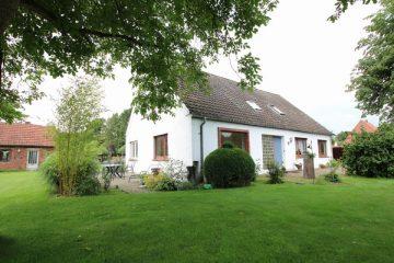 Solides Zweifamilienhaus mit Nebengebäuden und 4.511 m² Grundstück, 27367 Horstedt, Zweifamilienhaus